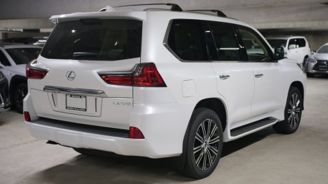 2020 model Lexus LX 570 4wd Suv Luxury Full option Petrol v8
