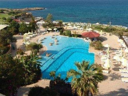 عقارات للبيع في اوربا قبرص اليونانية اقساط مع الاقامة
