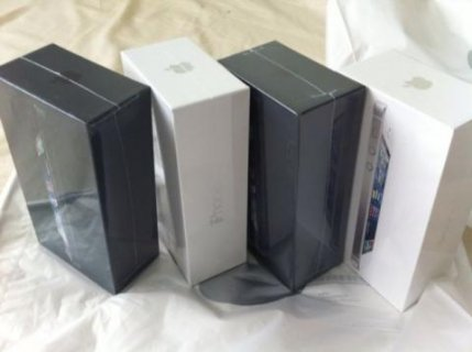 For Sale : Blackberry Porsche Design / Apple iPhone 5  / Samsung