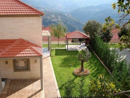 هواء اربيل يخالط هواء وحضاره لبنان في القرية اللبنانية