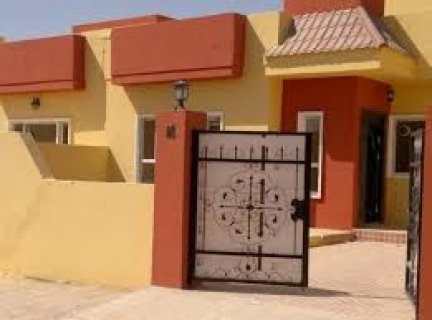 منزل للبيع في سري بلند