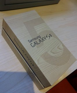 New Samsung Galaxy S5, Apple iPhone 5s Gold, Black, Silver