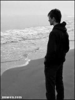 طموحة احب الحياة هادئة خجولة