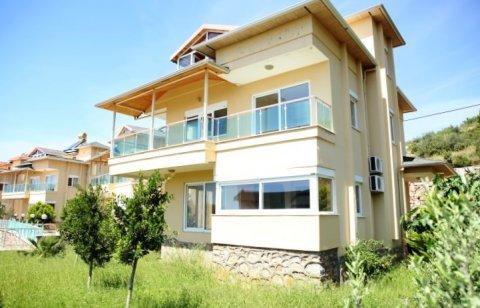فيلا في تركيا مدينة ألانيا 0585