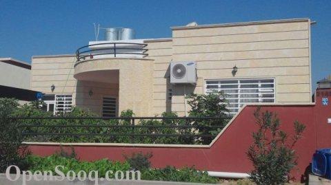 عروض منافسة ومتنوعة لبيوت 330 م في كنجان سيتي