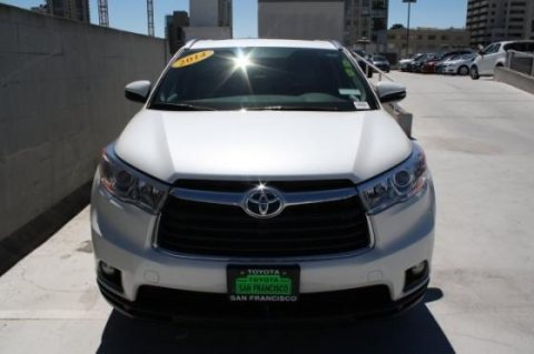 صور Selling My Used 2014 Toyota Highlander XLE SUV 1