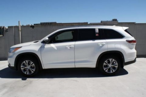 صور Selling My Used 2014 Toyota Highlander XLE SUV 2