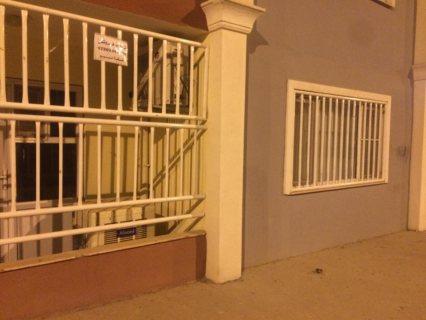 شقة للبيع طابق ارضي (under ground).