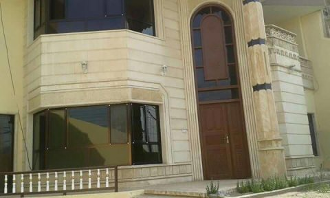 بيت للايجار في محافظة دهوك حي العسكـــــري ..